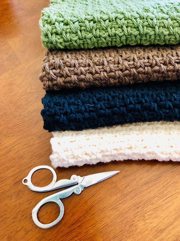 stack-of-wash-cloths