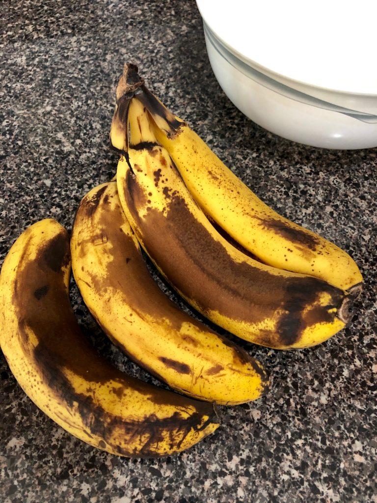 four ripen bananas
